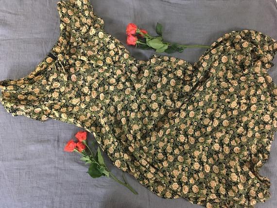 vintage floral dress / rose print dress / garden p