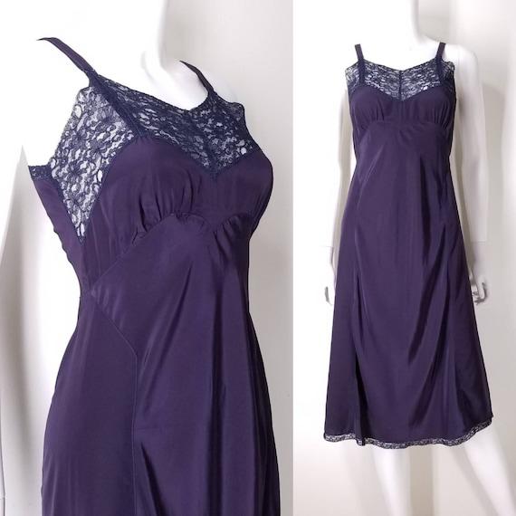 Vintage 1940s Miss Swank Navy Blue Slip