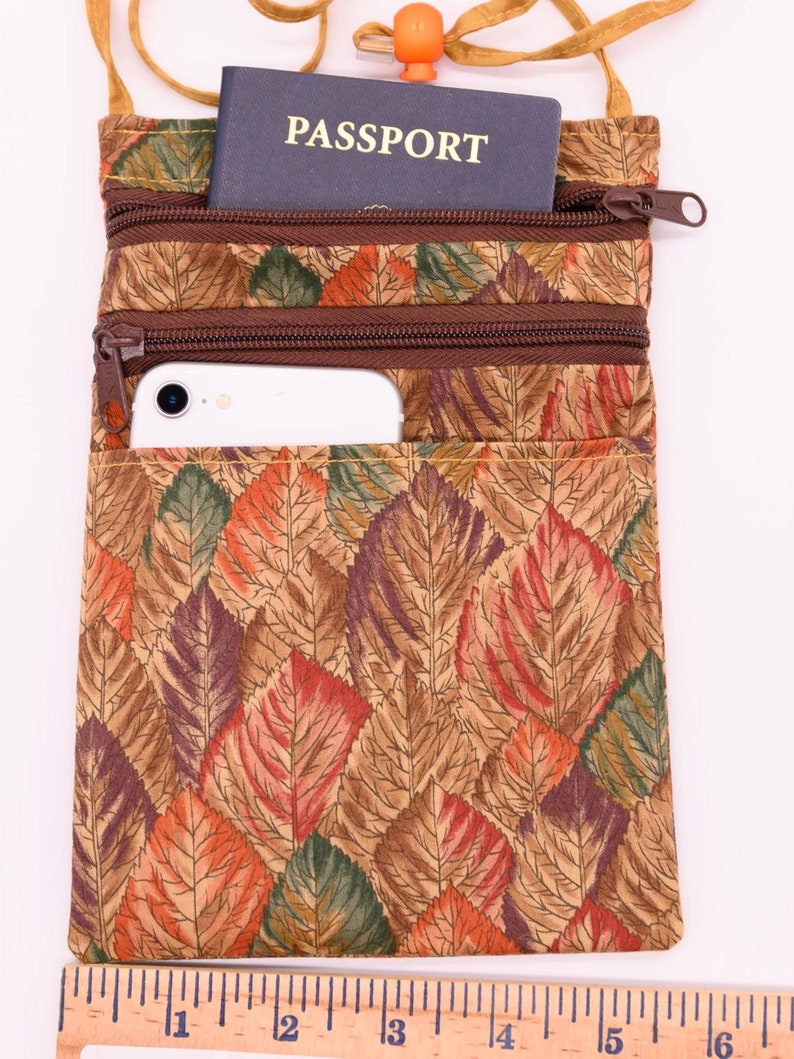 Cell Phone Crossbody Zipper Bag; Autumn Leaves with Adjustable Strap