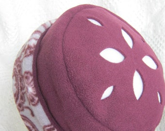 Fleece Hat, Wine & Gray with Cut-Out Design