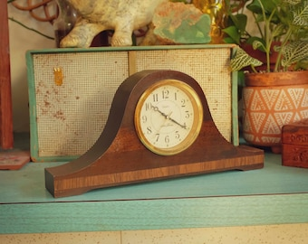 Vintage Seth Thomas Wooden Mantel Clock with Inlay - Fireside Collection - Made in USA - Working - Battery Op