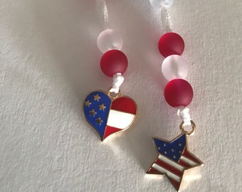 SUMMER SALE (2 FOR 1) Water Tracker with Enamel Heart or Star American Flag Charm and Glass Beads Attaches to Finger Loop of Water Bottle