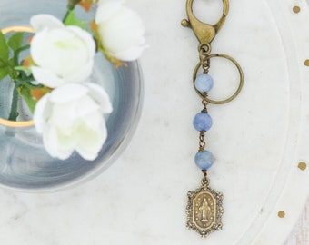 Key Chain Zipper Pull