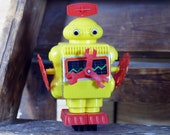 Go-Float Floating Robot Vintage IMCO Japan Hong Kong Space Toy