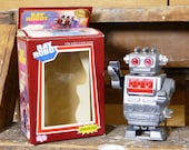 Ray Robot Wind-Up Vintage Hong Kong Space Toy