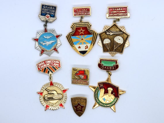 Soviet vintage badges Collectible pin Moscow soviet souvenir Gift badges Children badges Animal pin Soviet Russian badge