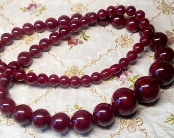 Vintage French Art Deco Cherry Amber Bakelite Beads. 1920s. Long Deco French Vintage Cherry Bakelite Bead Necklace. French Jewelry. Gift Box