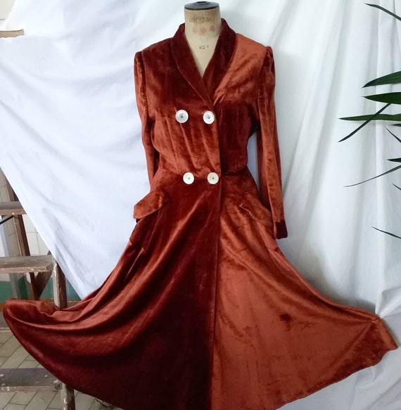 Vintage 40's 50's Red brick Velvet Robe House Coat