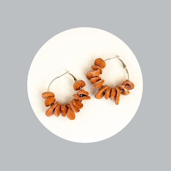 Minimalist earrings out of air dry clay