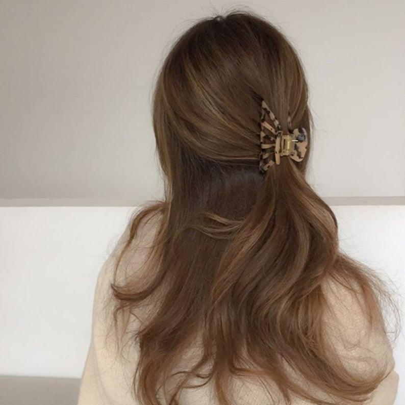 Geometric Hair Claw,Acrylic Hair Claw,ins Hair Claw,Simple Temperament Hair Claw, Hair Claw,Fashion Hair Claw,Gift For Mom