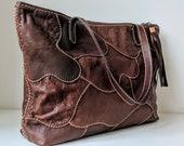 Marah I A large-sized genuine Japanese lambskin tote bag