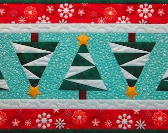 Snowy Pines Foundation-Pieced Tablerunner Pattern