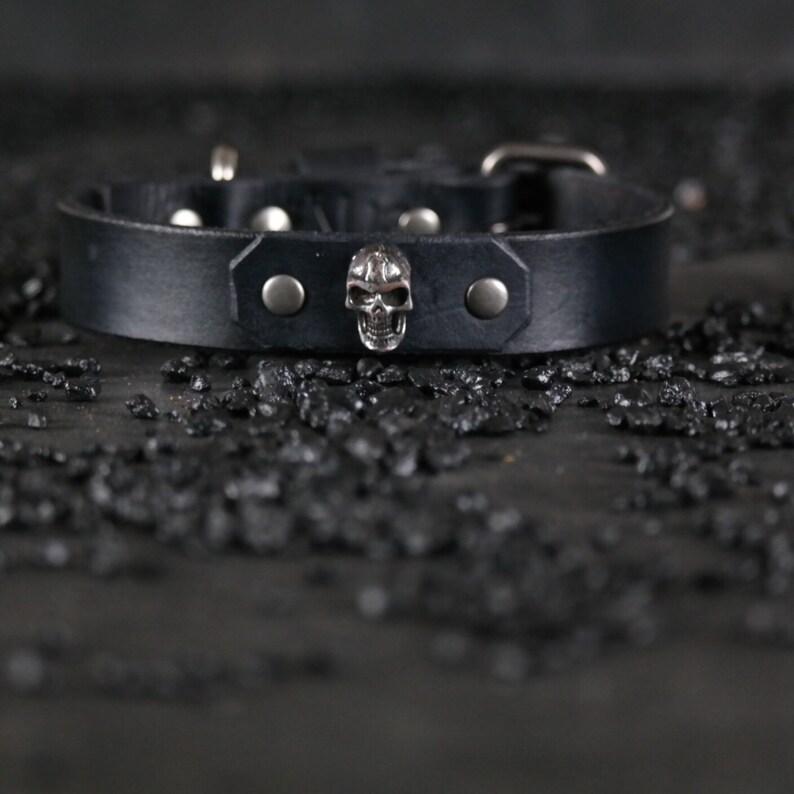 SKULL...Handmade..BLACK Custom Leather Dog Collars