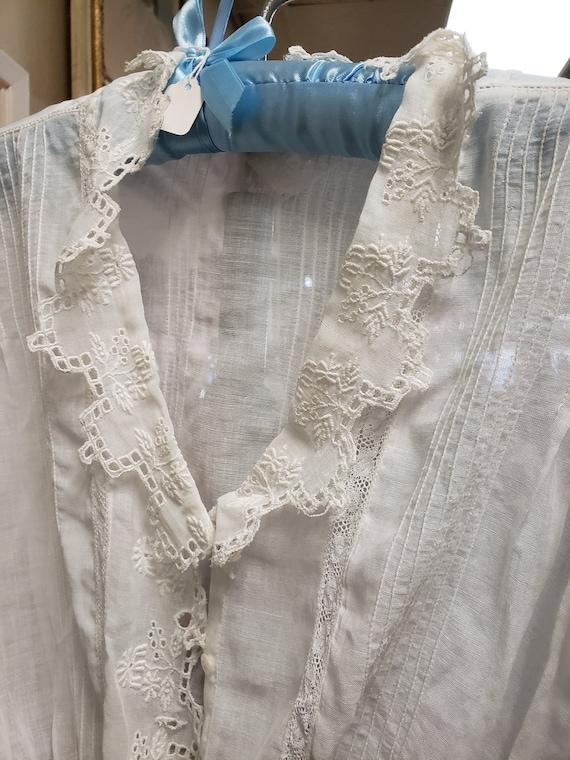 Vintage Victorian white cotton blouse - image 2