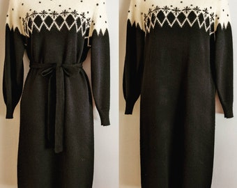 1980/'s Christina Grant Sweater Dress  Wiggle Pencil  Maxi  Applique  Long Sleeve  Charcoal Grey  S-M-L  One Size
