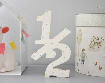 """Half Birthday Photo Props for Babies, Wooden 20cm """"1/2"""" number sign for 6 Month Birthday Demi Anniversary Photo Shoot"""