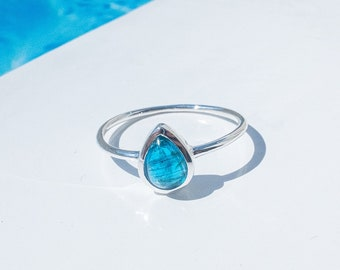 Apatite Ring Silver, Boho Rings, Recycled Silver, Rain Drop Shape Gemstone Ring, Dainty Stacking Ring, Pear Shape, Surfer Ring for Women
