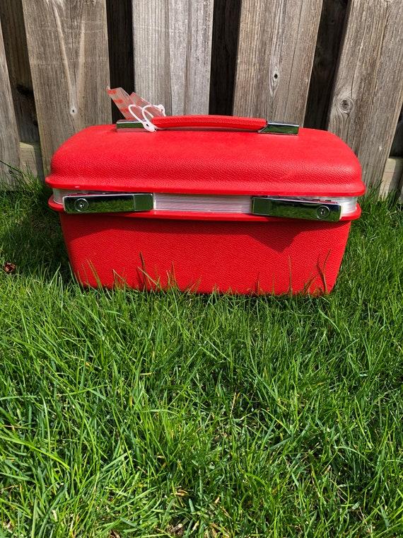 Vintage Samsonite Red Train Case