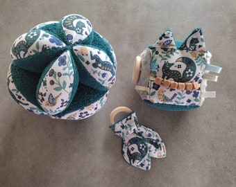 Awakening Cube - Montessori type gripping ball - Rattle