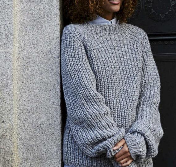 Easy Ribbed Sweater KNITTING PATTERN Women/Chunky Yarn Beginner Grey Raglan Pullover Pattern/Instant PDF Download/Women Top Easy