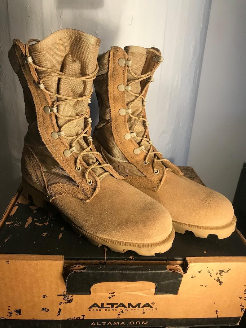 Altama Desert combat boots image 0