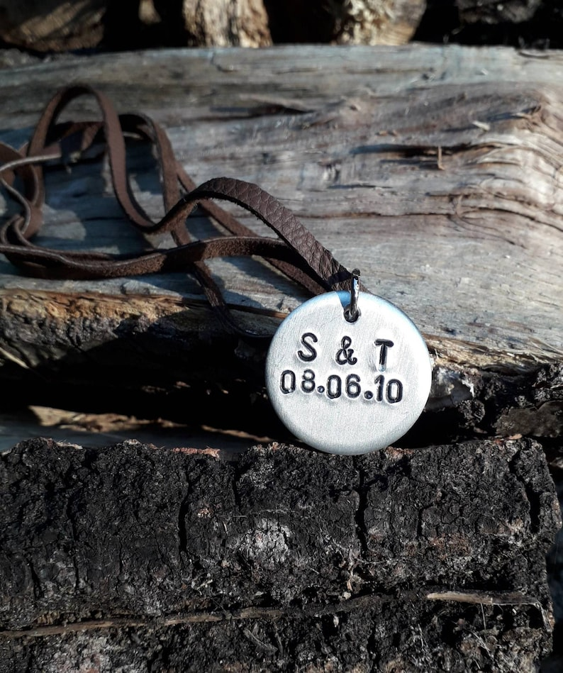Date Symbol Name My Love Mummy Girlfriend Personalized gift Wife Anniversary Leather Choker Necklace Coin pendant I love you more Couples