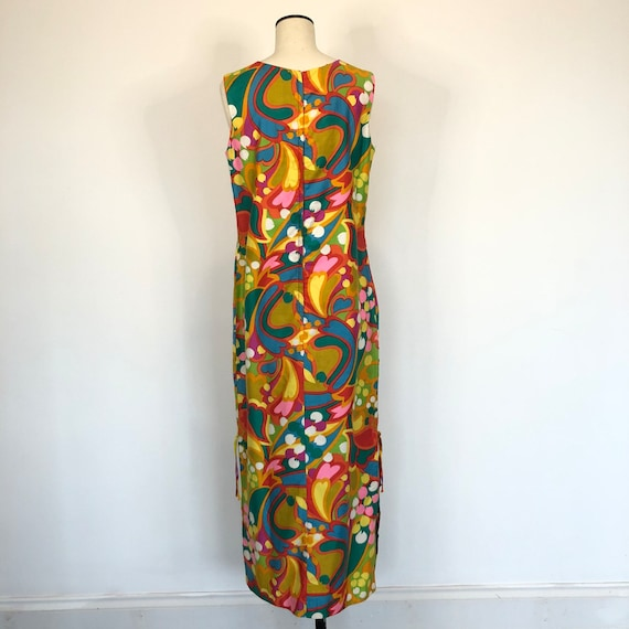 1960s Psychedelic Print Sleeveless Maxi Dress - image 3