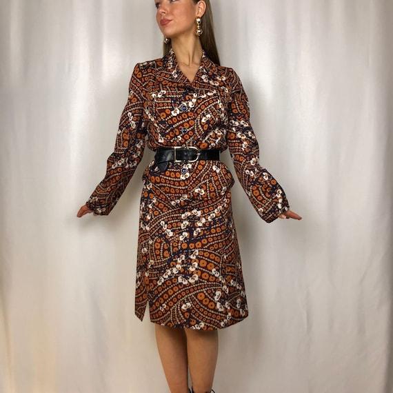 1970s autumnal two piece suit.