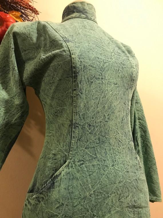 1980s Acid Wash Button-back Dress - image 3