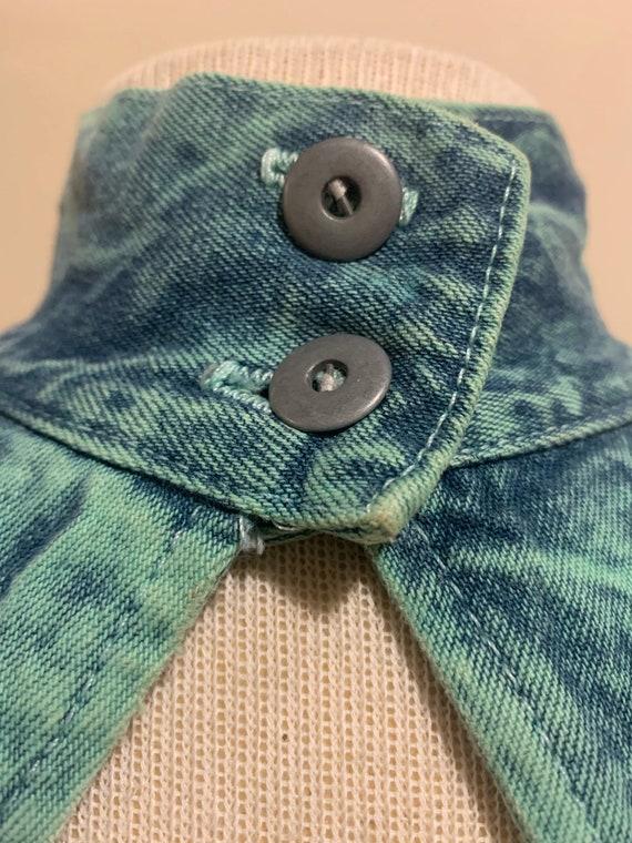 1980s Acid Wash Button-back Dress - image 6