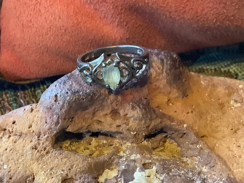 Vintage Sterling Silver Solitaire Ring