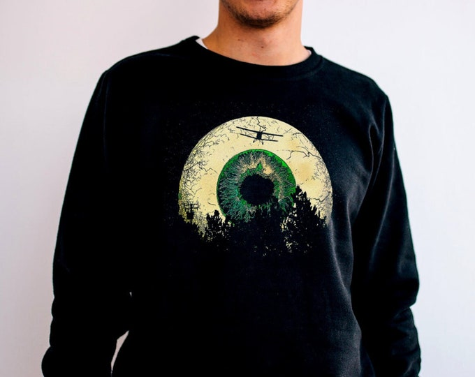 Luna Vista Men's/Unisex Black Fleece / Cotton Moon Pullover Sweatshirt