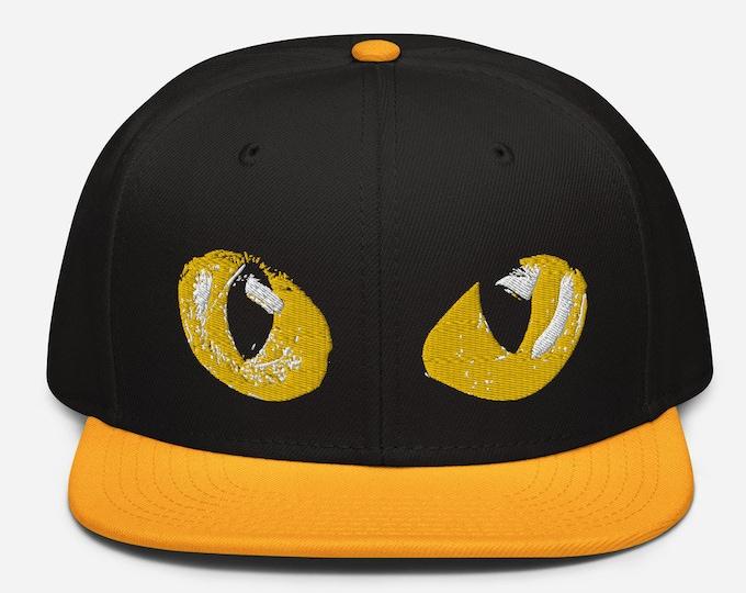 Animal Eyes Classic Flat Bill Snapback Cap - Embroidered 6-Panel Structured Baseball Hat - Black Hat/Gold Visor