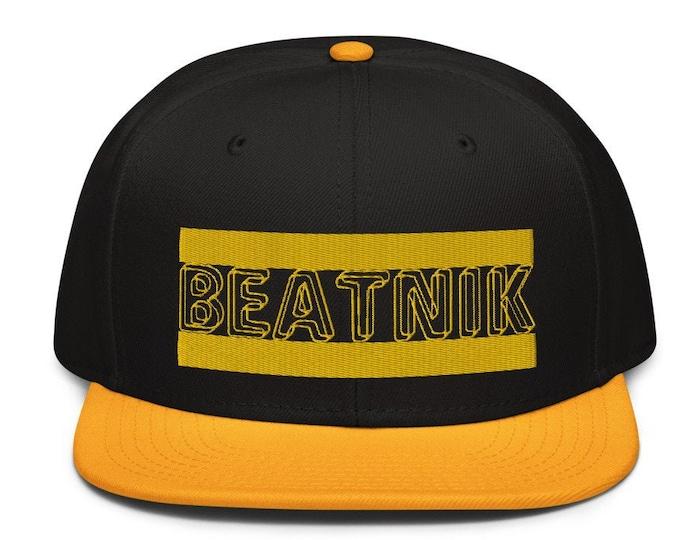 Beatnik Classic Flat Bill Snapback Cap - Embroidered 6-Panel Structured Baseball Hat - Black Hat/Gold Visor