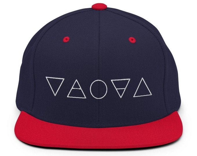 Alchemy Classic Flat Bill Snapback Cap - Embroidered 6-Panel Structured Baseball Hat - Navy Hat/Red Visor