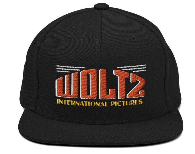 Woltz International Pictures Flat Bill Snapback Cap - Embroidered 6-Panel Structured Baseball Hat - Black Hat & Visor