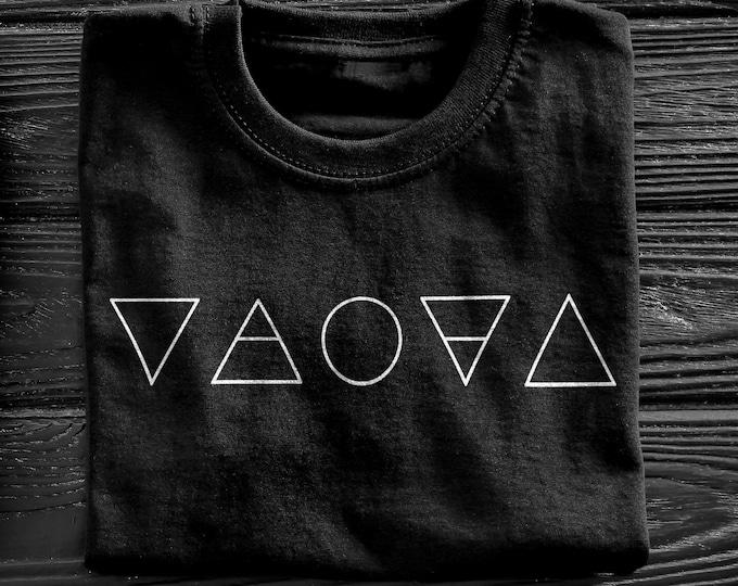 Alchemy Men's/Unisex Black Graphic T Shirt - Super Soft Geometric Tee