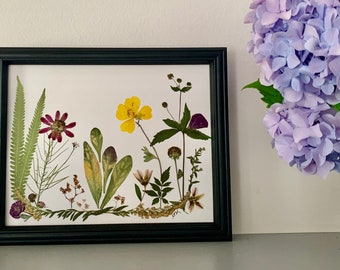 Framed Botanical Art with Real Pressed Flowers, Unique gift
