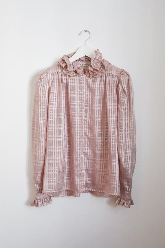 80s blouse with ruffle collar in lilac with golde… - image 5