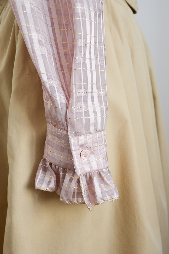 80s blouse with ruffle collar in lilac with golde… - image 3