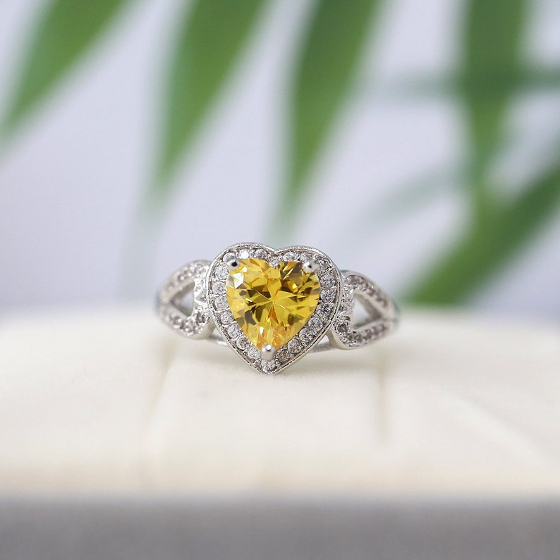 8mm Heart Cut Citrine Ring 18k Gold Plated Ring Cooper Ring Halo Ring Mothers Ring Holiday Gift Ring CZ Ring Birthstone Ring Gemstone Ring