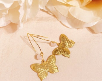 butterfly wire dangles