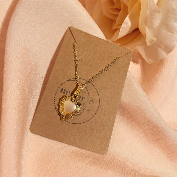 vintage pearl heart necklace