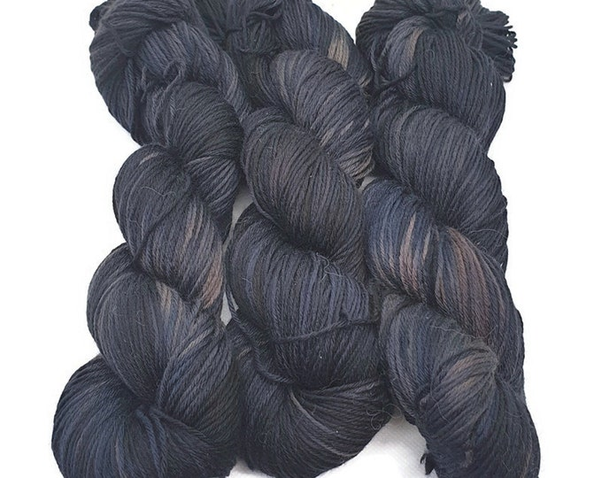 Plant Dyed GOTS Certified Organic Merino Wool, 100g Strand, Dark Purple Blue, Rosy -Midnight-