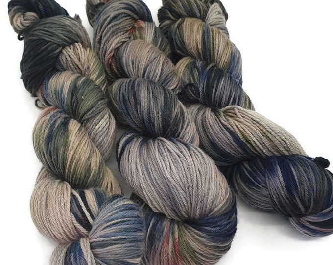 Plant Dyed GOTS-Certified Organic Merino Wool 100g Strand, Green,Blue,Purple, Red, Rosy Dive