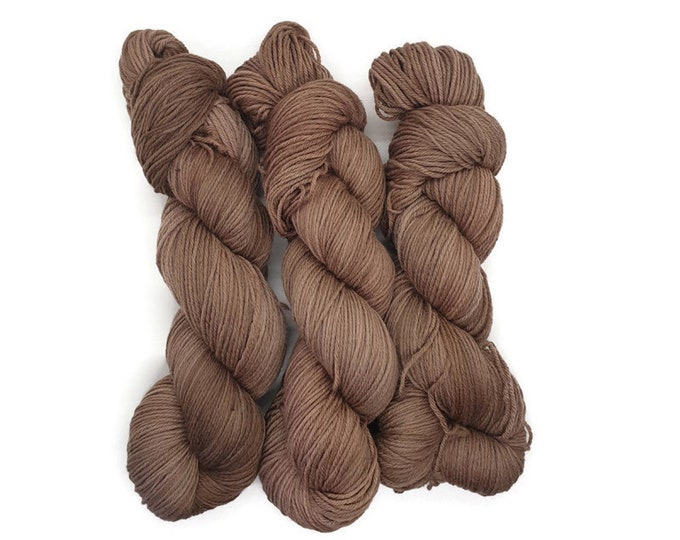 Plant Dyed Organic Merino Wool, GOTS Certified, Cool Brown, 100g Strand, Rosy - Chocolate Love -