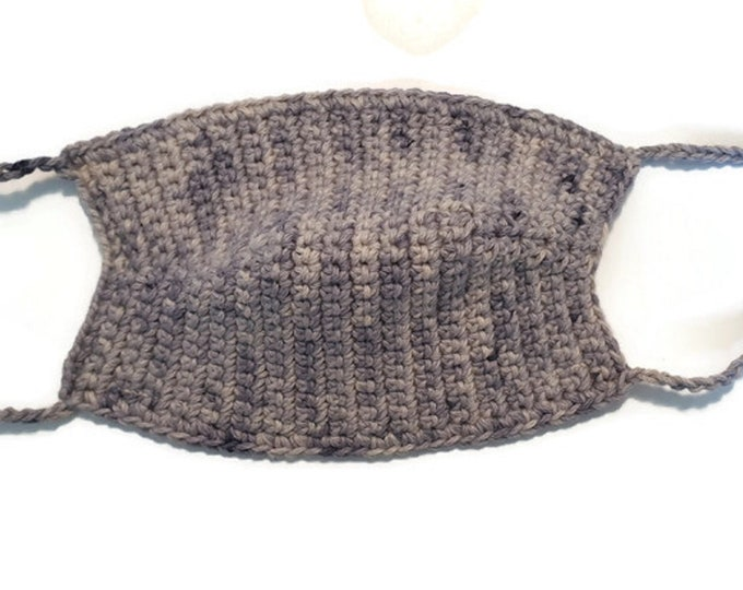Mouthguard/ makeshift mask with bag for filters, ladies, crocheted from GOTS certified organic cotton in purple