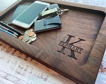 Wooden valet tray, 5 sizes, walnut. Wood catchall tray, EDC tray, desk organizer, monogram personalized wedding gift, 50th birthday gift men