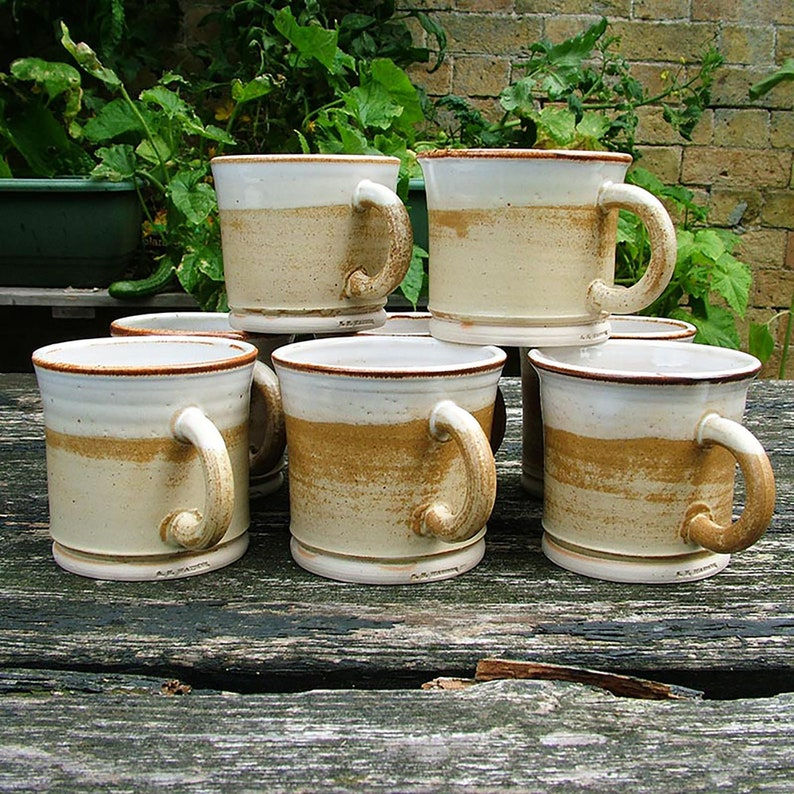 Thrown stoneware 1/2 pint mug image 0