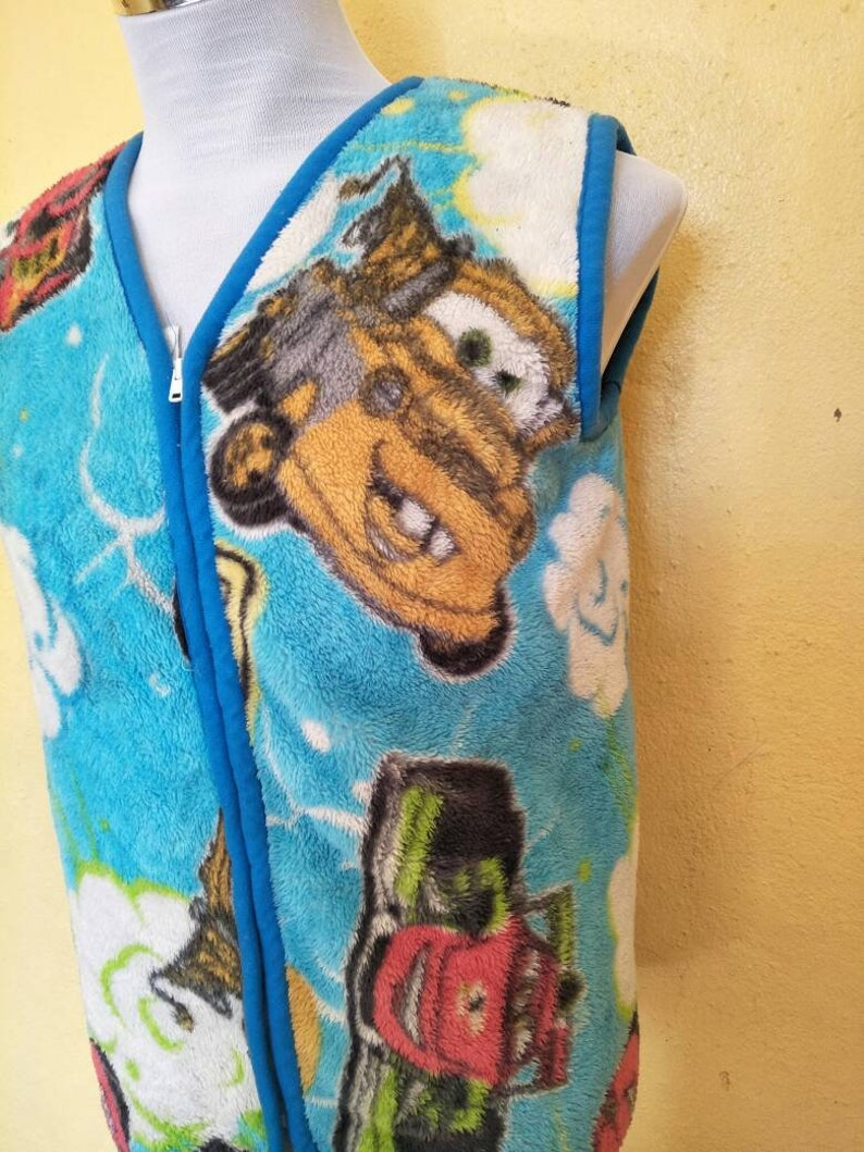 Cars Cartoon Lightning Mcqueen And Mater Larry The Cable Sleeveless